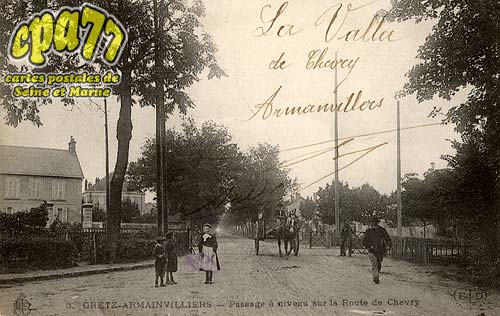 Gretz Armainvilliers - Passage à niveau sur la Route de Chevry