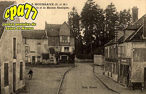 La Houssaye En Brie - La Place et la Maison Rustique