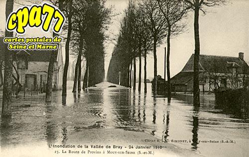 Jaulnes - Neuvry - L'inondation de la Vallée de Bray - 25 Janvier 1910 - Le Bateau échoué - On attend du secours