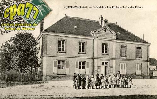 Jaulnes - La Mairie - Les Ecoles - Sortie des Elèves