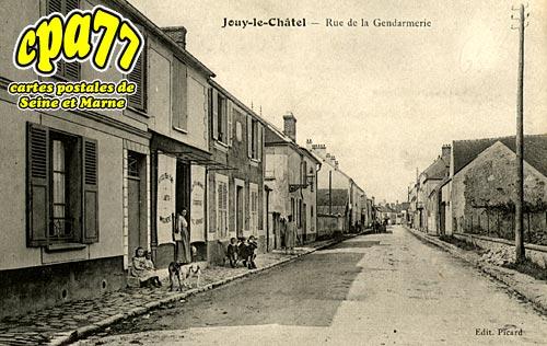Jouy Le Châtel - Rue de la Gendarmerie