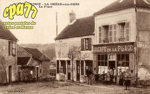 Jouy Sur Morin - La Chère-aux-Gens - La Place