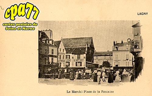 Lagny Sur Marne - Le Marché Place de la Fontaine