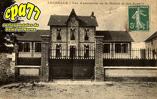 Lechelle - Vue d'ensemble de la Mairie et des Ecoles