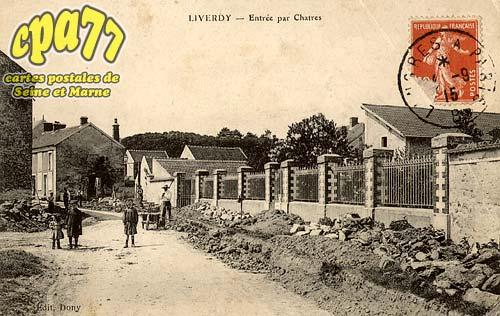 Liverdy En Brie - Entrée par Chartres