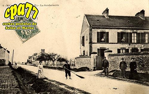 Maison Rouge En Brie - La Gendarmerie