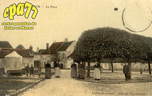 May En Multien - La Place