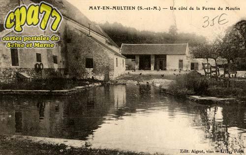 May En Multien - Un Côté de la Ferme du Moulin