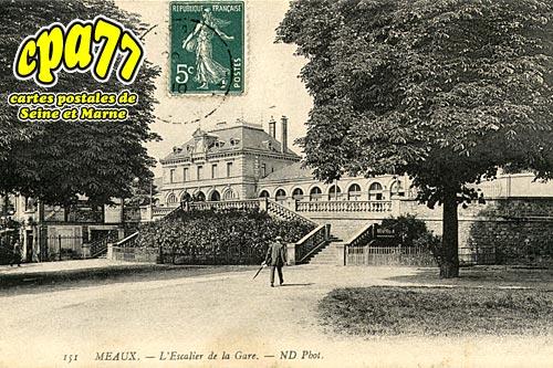 Meaux - L'escalier de la Gare