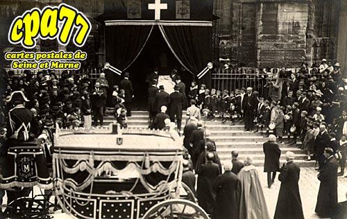 Meaux - Funérailles de Mgr de Briey, Evêque de Meaux