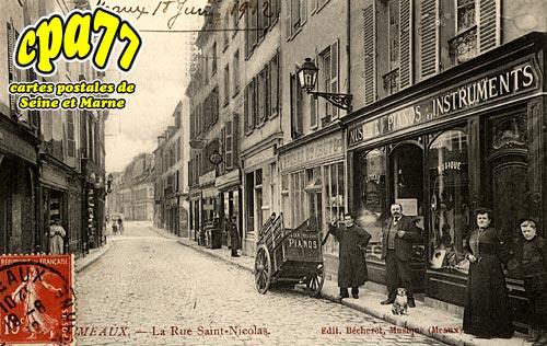 Meaux - La Rue Saint-Nicolas