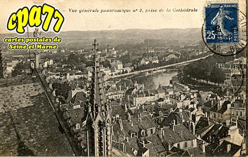 Meaux - Vue générale panoramique n° 2, prise de la Cathédrale