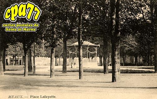Meaux - Place Lafayette
