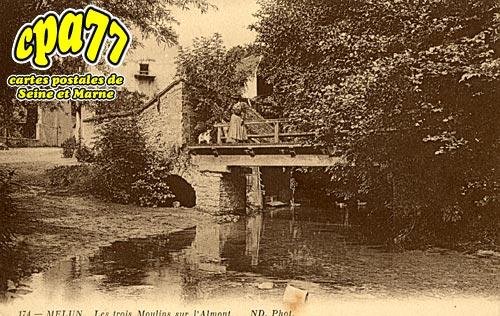 Melun - Les trois Moulins sur l'Almont