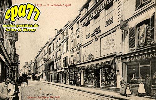 Melun - Rue Saint-Aspait