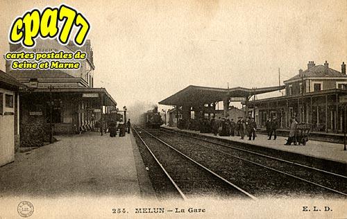 Melun - La Gare
