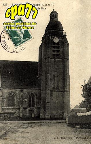 Le Mesnil Amelot - L'Eglise, vue de la Grande Rue