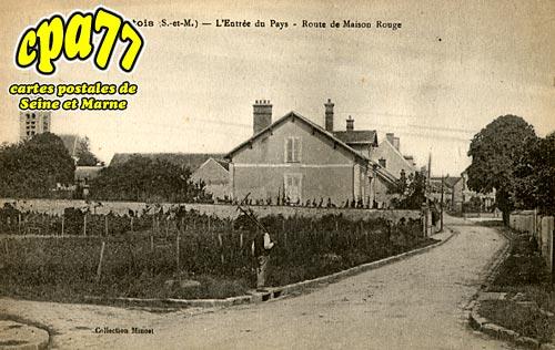 Mons En Montois - L'Entrée du Pays - Route de Maison-Rouge
