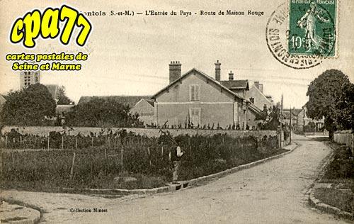 Mons En Montois - L'Entrée du Pays - Route de Maison Rouge