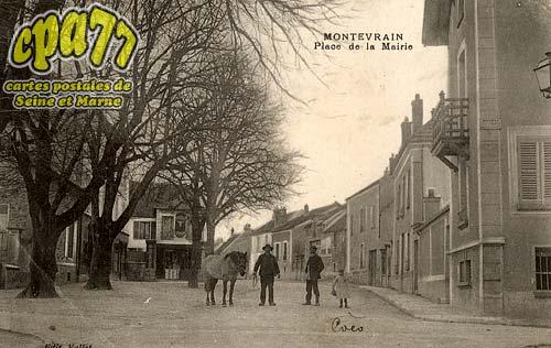 Montévrain - Place de la Mairie