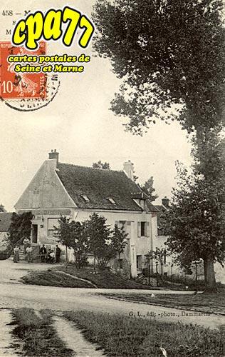 Montgé En Goële - Maison de la Tour Eiffel