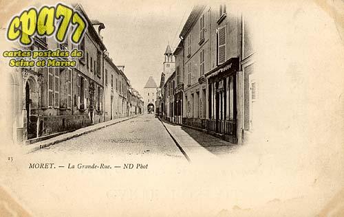 Moret Sur Loing - La Grande-Rue