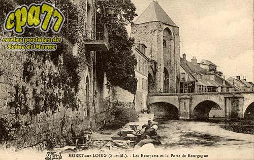 Moret Sur Loing - Les Remparts et la Porte de Bourgogne