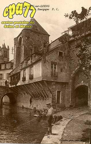 Moret Sur Loing - Vieille Maison et Porte de Bourgogne