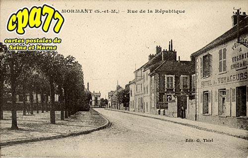 Mormant - Rue de la République