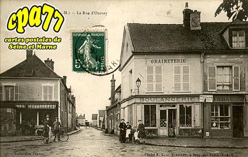 Mormant - La Rue d'Ozouer