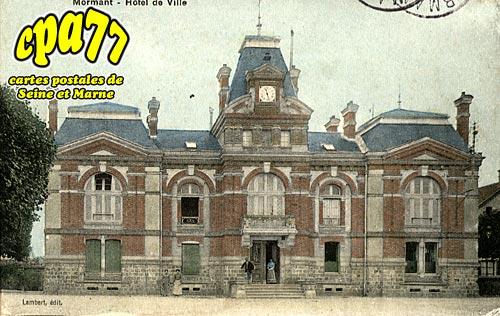Mormant - Hôtel de Ville