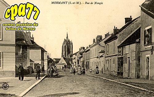Mormant - Rue de Nangis