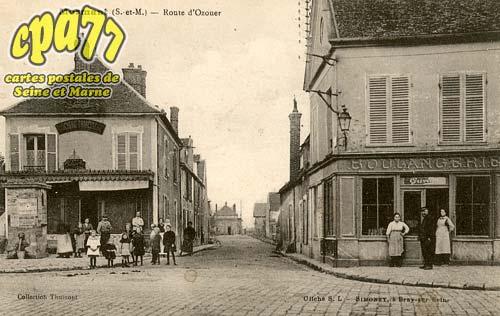 Mormant - Route d'Ozouer
