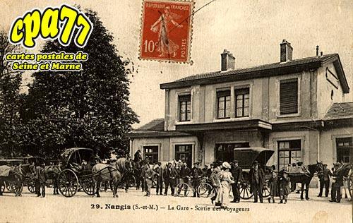 Nangis - La Gare - Sortie des Voyageurs
