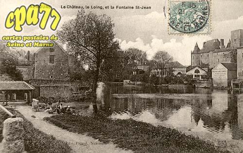 Nemours - Le Château, le Loing, et la Fontaine St-Jean