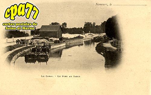 Nemours - Le Canal - Le Port au Sable