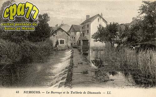 Nemours - Le Barrage et la Tuillerie de Diamants