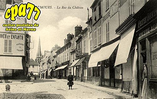 Nemours - La Rue du Château