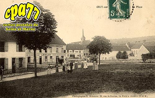 Orly Sur Morin - La Place