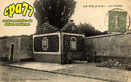 Le Pin - La Fontaine
