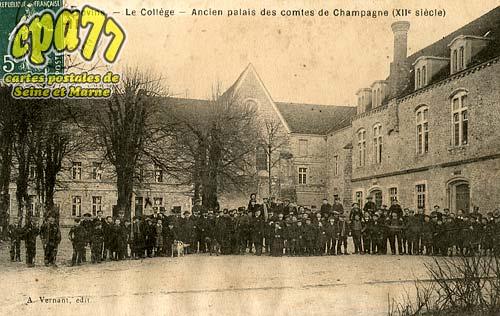 Provins - Le Collège - Ancien Palais des comtes de Champagne (XIIe siècle)
