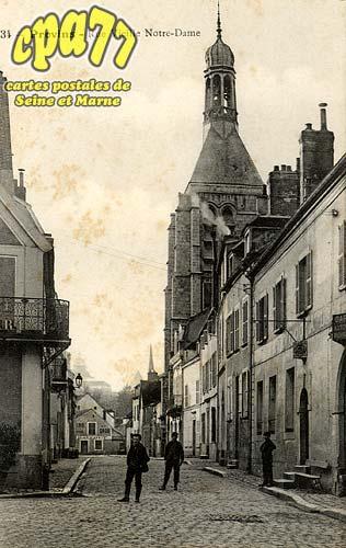 Provins - Rue Vieille Notre-Dame