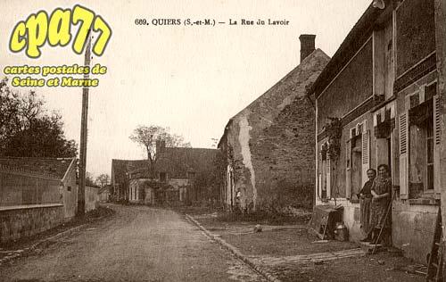 Quiers - La Rue du Lavoir