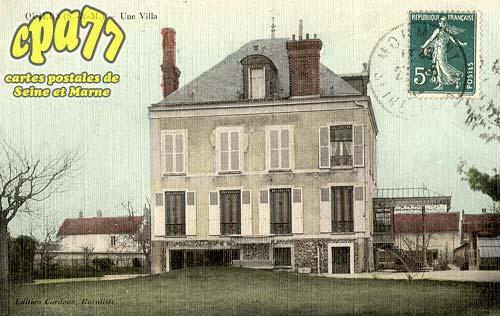 Quiers - Une Villa