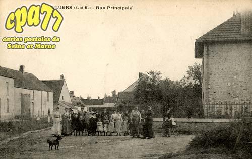 Quiers - Rue Principale