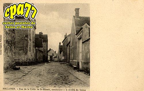 Recloses - Rue de la Croix de St-Hérem, conduisant à la rivière du Loing