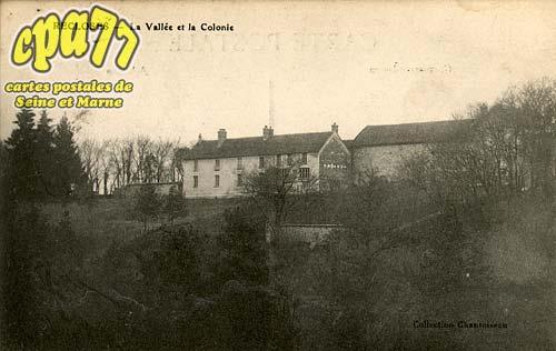 Recloses - La Vallée et la Colonie
