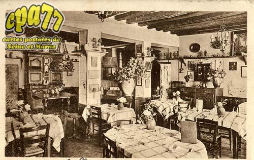 Recloses - Auberge de la Glandée - Tel. N°1