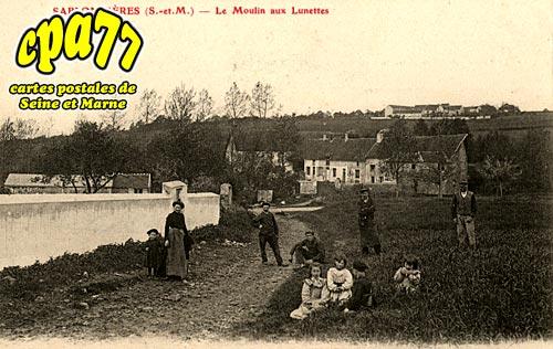Sablonnières - Le Moulin aux Lunettes