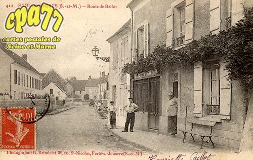 Sablonnières - Route de Bellot